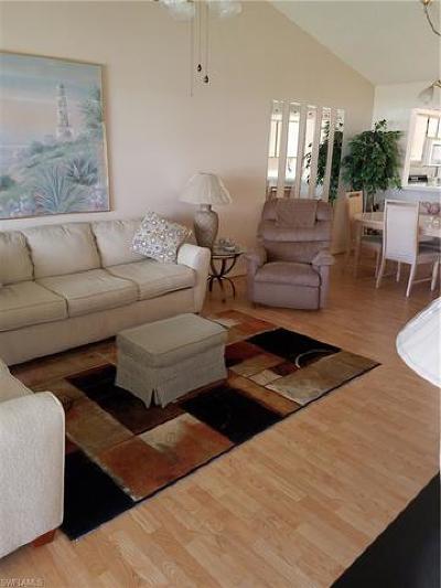 Naples Condo/Townhouse For Sale: 738 Landover Cir #203