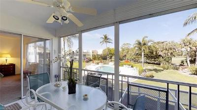 Naples Condo/Townhouse For Sale: 215 Cypress Way E #D5