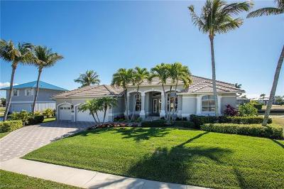 Marco Island Single Family Home For Sale: 987 Hunt Ct