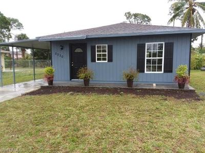 Naples Single Family Home For Sale: 5330 Catts St