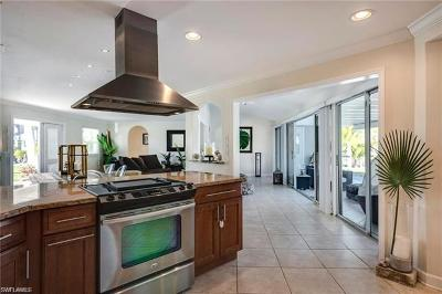 Naples Single Family Home Sold: 391 Pine Ave