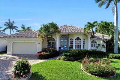 Marco Island Single Family Home For Sale: 138 Peach Ct