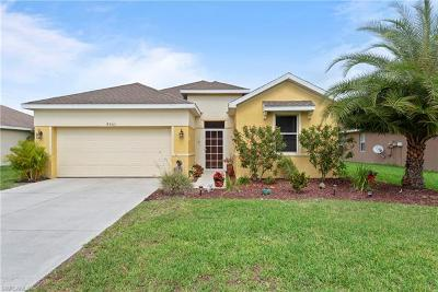 Lehigh Acres Single Family Home For Sale: 8061 Liriope Loop