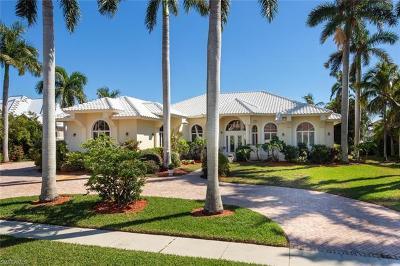 Marco Island Single Family Home For Sale: 851 Eubanks Ct