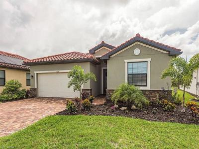 Naples Single Family Home For Sale: 1624 Vizcaya Ln