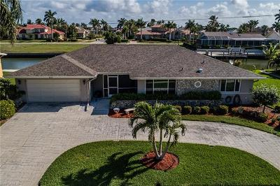 Marco Island Single Family Home For Sale: 213 Windbrook Ct