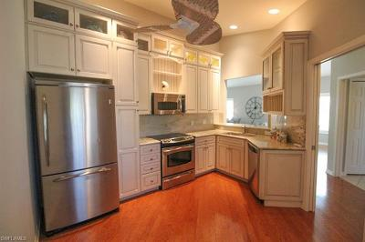 Naples Condo/Townhouse For Sale: 547 11th Ave S #204