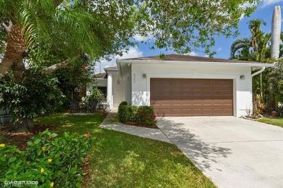 Naples Park Single Family Home For Sale: 527 103rd Ave N