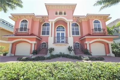 Bonita Shores Single Family Home For Sale: 250 6th St W