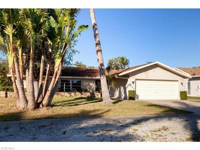 Marco Island Single Family Home For Sale: 360 Regatta St