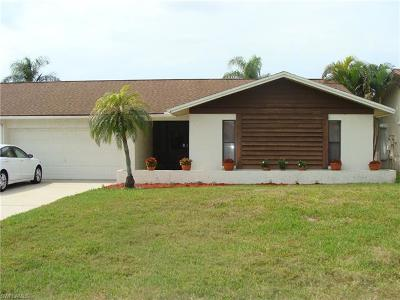 Naples Single Family Home For Sale: 4806 Lakewood Blvd #B-14