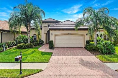 Collier County Single Family Home For Sale: 7884 Valencia Ct