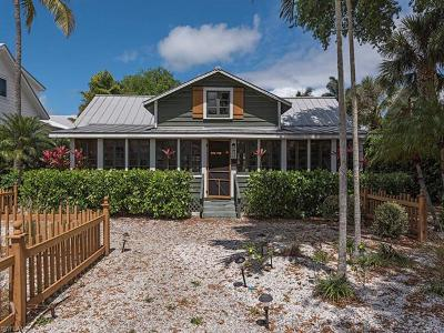 Naples, Sarasota Single Family Home For Sale: 239 Broad Ave S