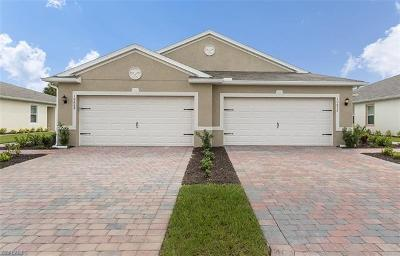 Lehigh Acres Condo/Townhouse For Sale: 10672 Crossback Ln