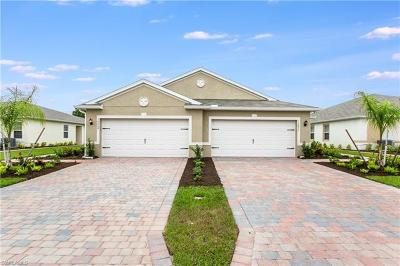 Lehigh Acres Condo/Townhouse For Sale: 10668 Crossback Ln