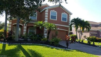 Fort Myers Single Family Home For Sale: 16506 Whispering Trace Ct