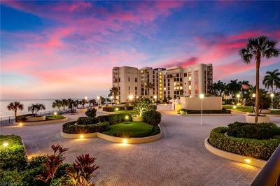 Condo/Townhouse For Sale: 3115 Gulf Shore Blvd N #209S