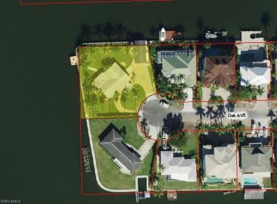 Naples Single Family Home Sold: 261 Oak Ave
