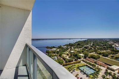 Fort Myers Condo/Townhouse For Sale: 3000 Oasis Grand Blvd #2701