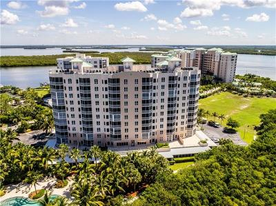 Fort Myers Condo/Townhouse For Sale: 4182 Bay Beach Ln #722