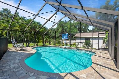 Fort Myers Single Family Home For Sale: 2243 River Oak Ln
