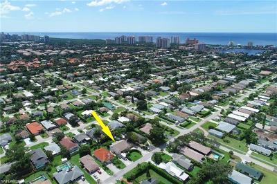 Naples Park Single Family Home For Sale: 712 96th Ave N