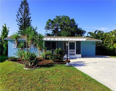 Bonita Springs Single Family Home For Sale: 10 3rd St