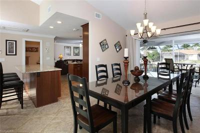 Marco Island Single Family Home For Sale: 155 Hollyhock Ct