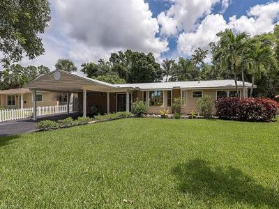 Naples Single Family Home For Sale: 1294 13th St N