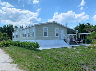 Goodland, Marco Island, Naples, Fort Myers, Lee Mobile/Manufactured For Sale: 8 Saint Raphael Dr