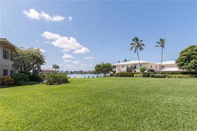 Naples Condo/Townhouse For Sale: 3400 Gulf Shore Blvd N #D2