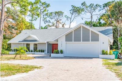 Naples Single Family Home For Sale: 1782 Knights Ct