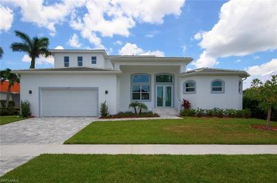 Marco Island Single Family Home For Sale: 445 River Ct