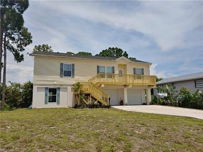Fort Myers Single Family Home For Sale: 18343 Heather Rd
