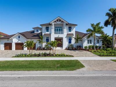 Marco Island Single Family Home For Sale: 445 N Barfield Dr