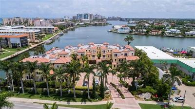 Naples Condo/Townhouse For Sale: 261 Harbour Dr #2
