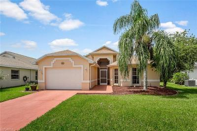 Lee County Single Family Home For Sale: 3412 Sabal Springs Blvd