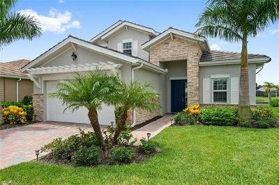 Naples Single Family Home For Sale: 14661 Tropical Dr