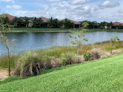 Naples Condo/Townhouse For Sale: 13394 Silktail Dr