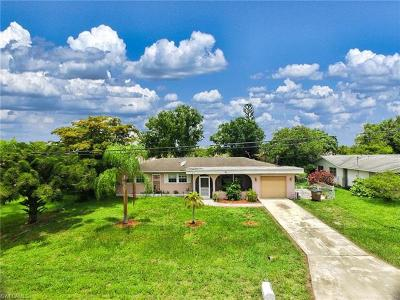 Cape Coral Single Family Home For Sale: 1323 NE Pine Island Ln