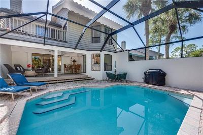 Naples Condo/Townhouse For Sale: 93 Cypress View Dr
