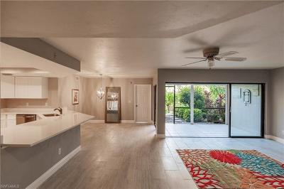 Naples Park Condo/Townhouse For Sale: 586 Beachwalk Cir #O-105