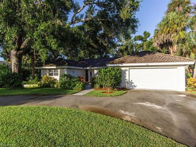 Naples Single Family Home For Sale: 277 Burning Tree Dr