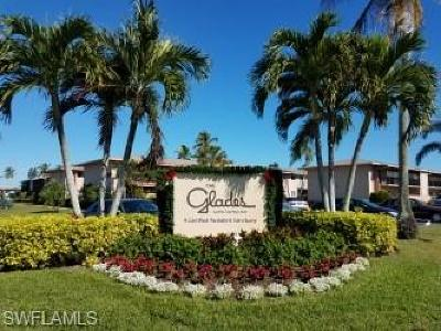 Glades Country Club Condo/Townhouse For Sale: 272 Palm Dr #6