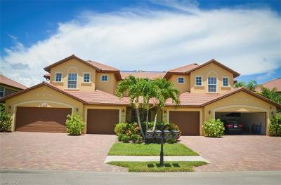 Collier County Condo/Townhouse For Sale: 6634 Alden Woods Cir #102