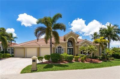 Cape Coral Single Family Home For Sale: 5214 Nautilus Dr