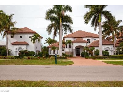 Marco Island Single Family Home For Sale: 800 W Copeland Dr