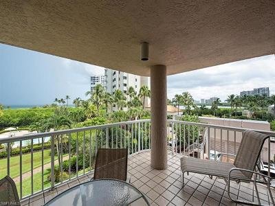 Naples Condo/Townhouse For Sale: 40 Seagate Dr #104