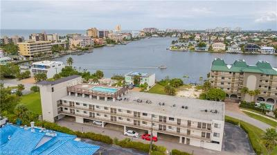 Naples Condo/Townhouse For Sale: 260 Southbay Dr #214