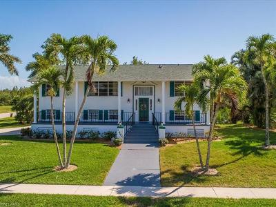 Marco Island Single Family Home For Sale: 1865 Dogwood Dr